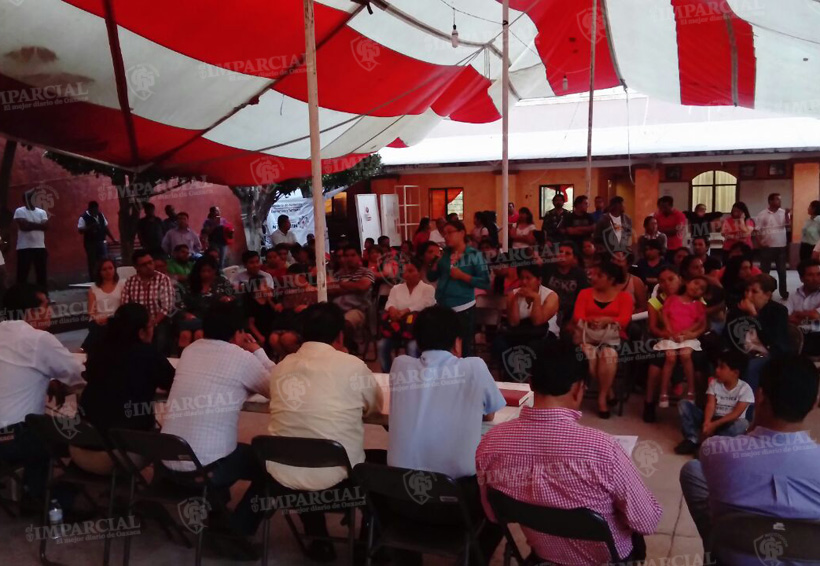 Padres de familia piden liberar las instalaciones de la Casa de la Cultura de Huajuapan de León, Oaxaca   El Imparcial de Oaxaca