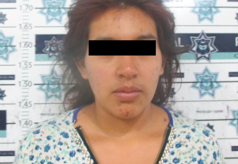 Detienen a mujer por el robo de un celular en Mercado de Abastos de Oaxaca | El Imparcial de Oaxaca