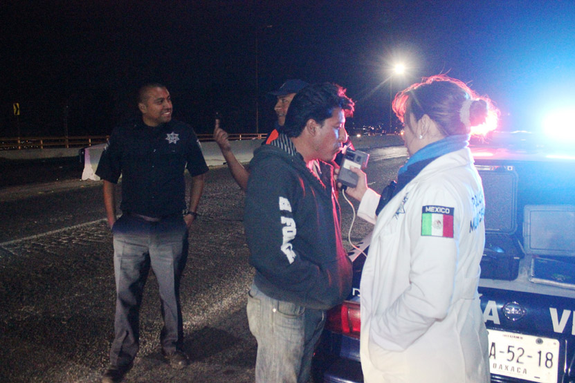 Se suman policías municipales al operativo alcoholímetro   El Imparcial de Oaxaca
