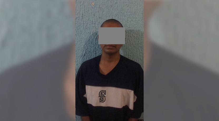 Escondía droga en sus zapatos en Huajuapan de León, Oaxaca | El Imparcial de Oaxaca