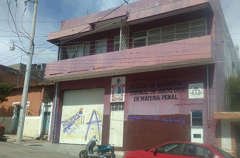 Vinculado a proceso por robo de un taxi en Huajuapan de León, Oaxaca | El Imparcial de Oaxaca