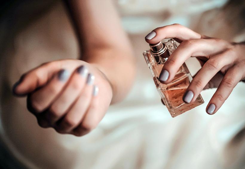 Tips para hacer de tu perfume el accesorio más enigmático de tu look   El Imparcial de Oaxaca