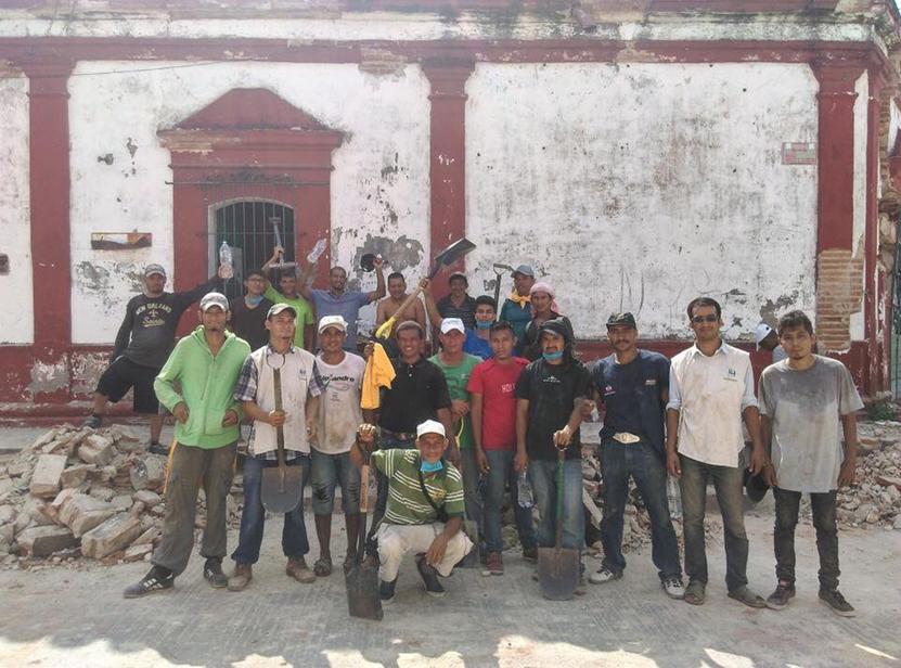 Migrantes que ayudaron a damnificados de Oaxaca, enfrentan riesgo de deportación | El Imparcial de Oaxaca