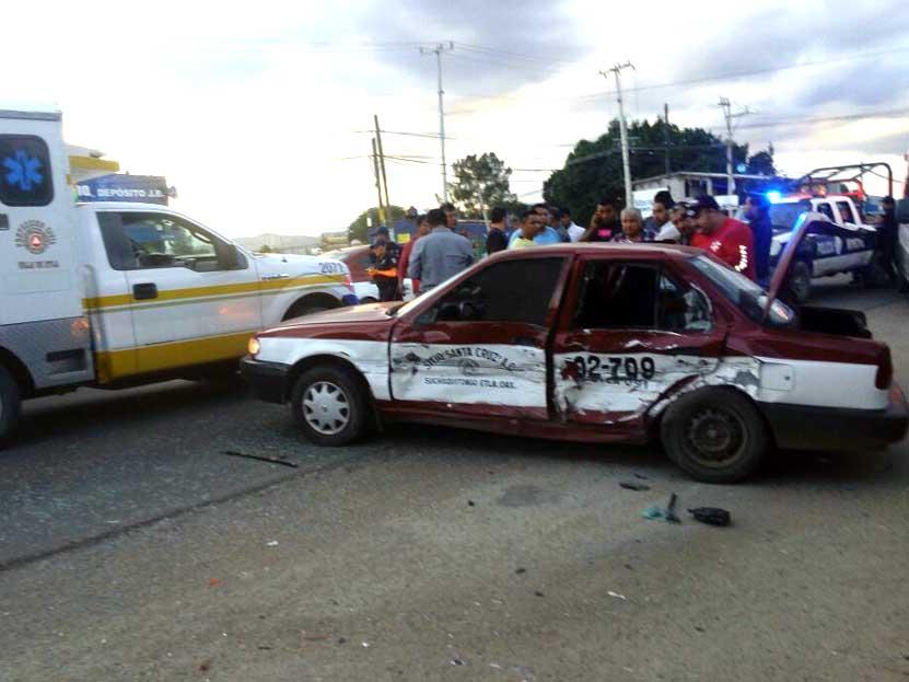 Colisiona taxi foráneo en San Juan del Estado, Etla | El Imparcial de Oaxaca