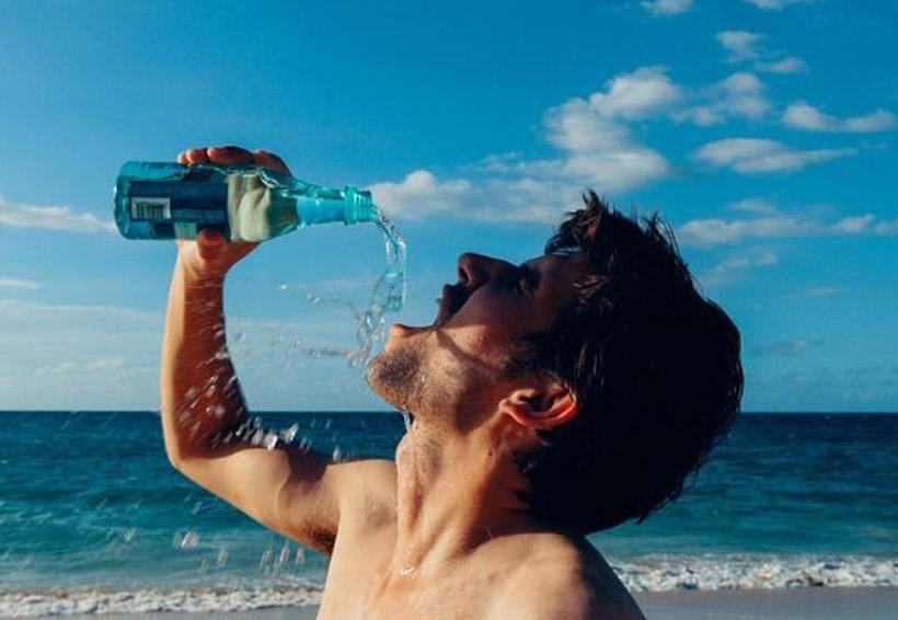¿Por qué es bueno beber agua natural en ayunas? | El Imparcial de Oaxaca