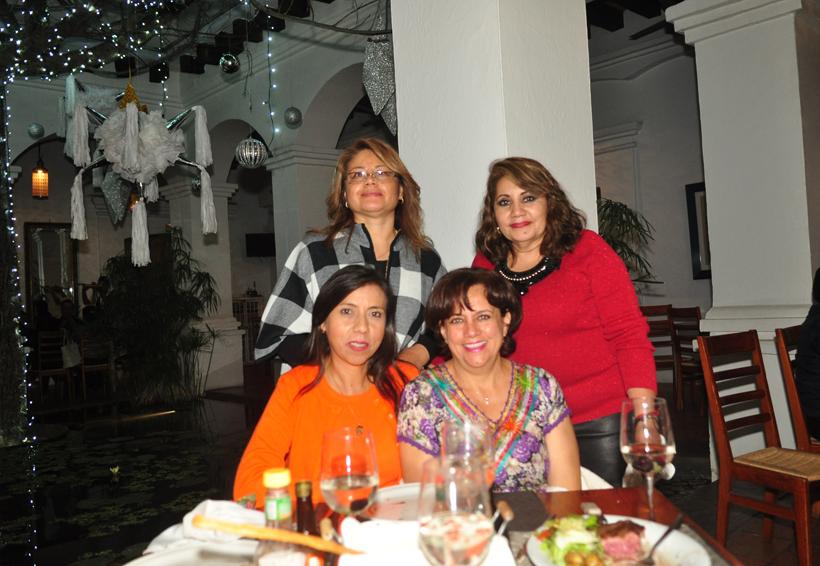 Cena navideña | El Imparcial de Oaxaca