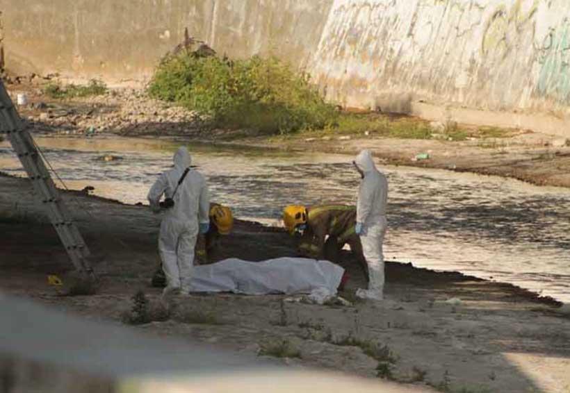 Hallan cadáver en canal de aguas negras | El Imparcial de Oaxaca