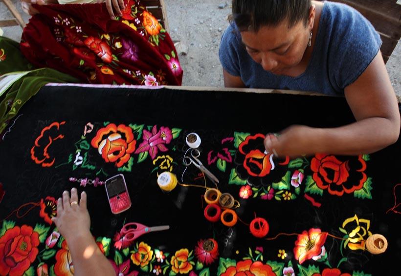 Juchitán y Guichicovi en la  Expo Venta Artesanal Navideña | El Imparcial de Oaxaca