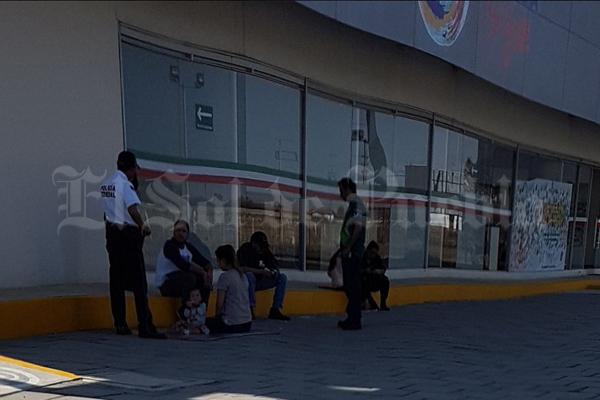¡Tristes vacaciones! Asaltan a familia canadiense en la México-Puebla   El Imparcial de Oaxaca
