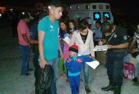 Durante posada navideña, Ensalada de pollo manda a 33 niños al hospital | El Imparcial de Oaxaca