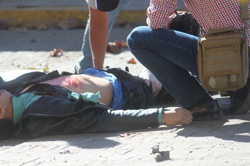 Muere peatón atropellado por camioneta fuera de control en Oaxaca   El Imparcial de Oaxaca