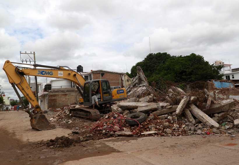 Calles de Juchitán aún llenas de escombros | El Imparcial de Oaxaca