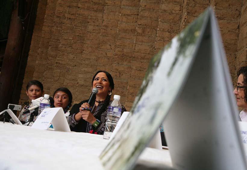 Van Lila Downs y FGM  por apoyos para 36 jóvenes   El Imparcial de Oaxaca