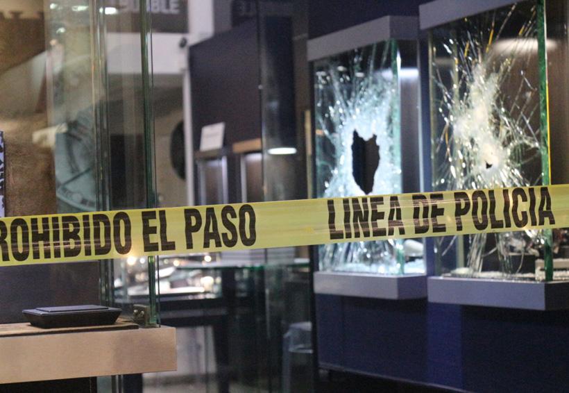 Detienen a tres por intento de robo a una joyería | El Imparcial de Oaxaca