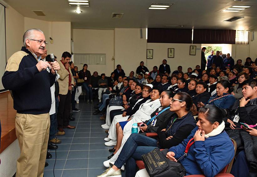 "CRÓNICA ¡Fuera!, le gritan a Pimentel;  ""cobarde da la cara"", responde | El Imparcial de Oaxaca"