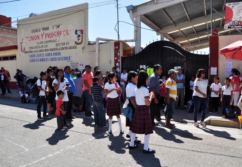 Cierran primaria en Oaxaca; rechazan a Sección 22 | El Imparcial de Oaxaca
