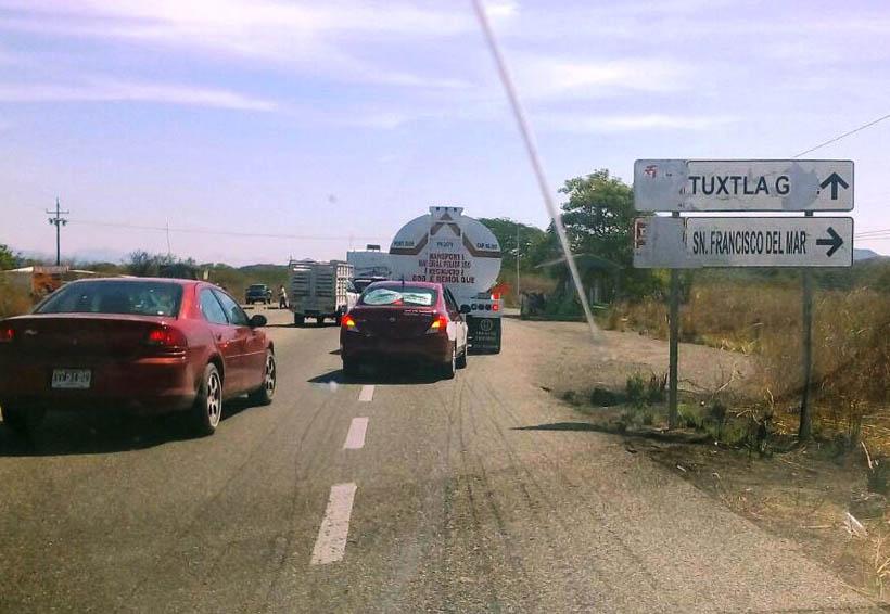 Se quejan transportistas  del Istmo por cobro de cuota | El Imparcial de Oaxaca