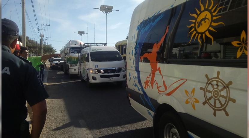 Golpean al chofer de una pipa tras protagonizar accidente en el Istmo   El Imparcial de Oaxaca