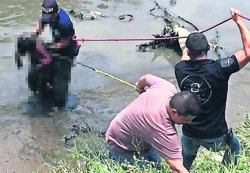 Encuentran el cuerpo de un hombre flotando en canal de aguas negras | El Imparcial de Oaxaca