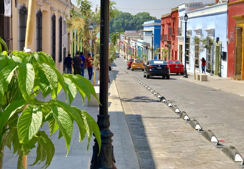 Calle García Vigil, un riesgo para los peatones de Oaxaca | El Imparcial de Oaxaca