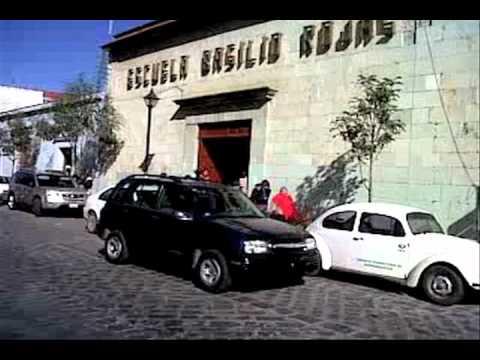 Piden retiro de  indigentes de área escolar   El Imparcial de Oaxaca