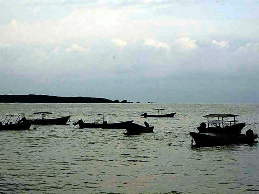 Incertidumbre por desaparición de los pescadores en Puerto Escondido, Oaxaca | El Imparcial de Oaxaca