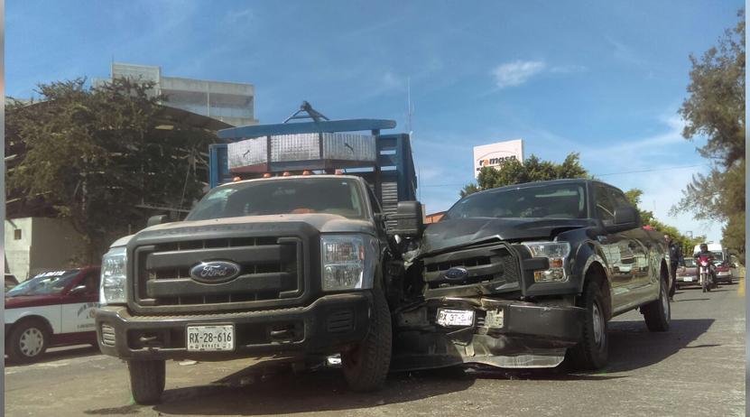 Choque en Símbolos Patrios, Oaxaca | El Imparcial de Oaxaca
