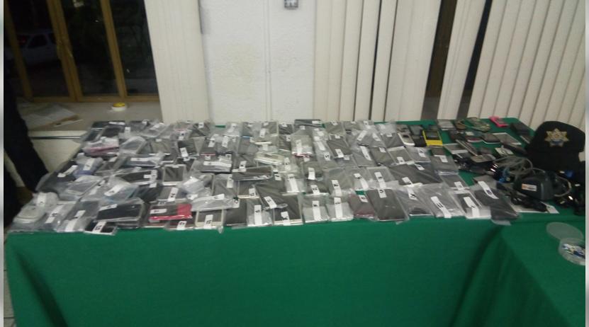 Recuperan 139 celulares robados en la Central de Abasto de Oaxaca | El Imparcial de Oaxaca