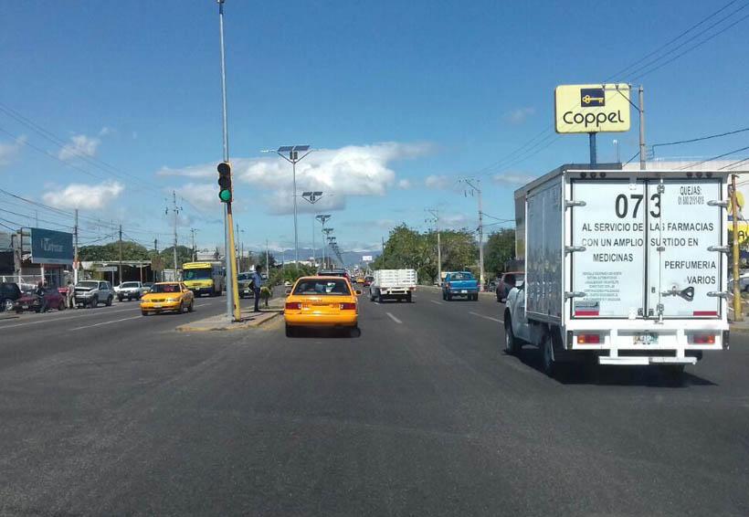 Semáforos en mal estado provocan accidentes viales en el Istmo de Oaxaca | El Imparcial de Oaxaca
