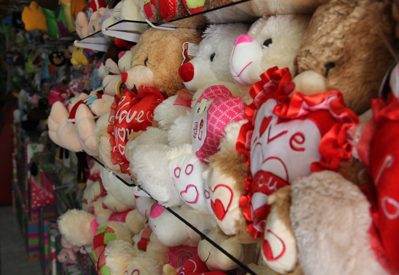 Comerciantes de Oaxaca se preparan para  ventas por Día  de San Valentín   El Imparcial de Oaxaca