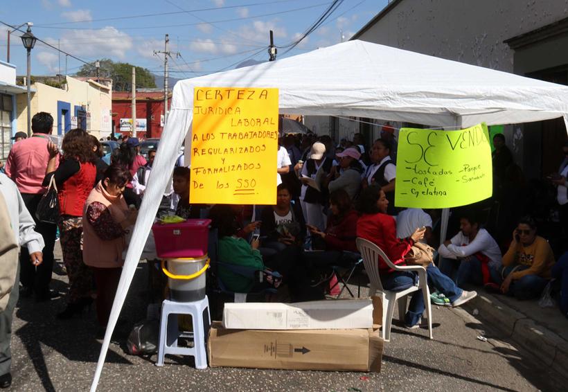 Se ahonda crisis en  la Sección 35 del Sindicato de Salud   El Imparcial de Oaxaca