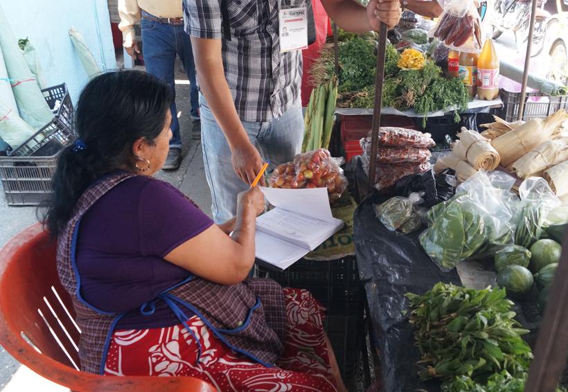 Ambulantes de Tuxtepec pagan por uso de suelo | El Imparcial de Oaxaca