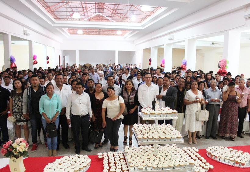 Contraen matrimonio  133 parejas en bodas  colectivas en Huajuapan de León, Oaxaca | El Imparcial de Oaxaca