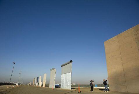 Trump prepara vista a la frontera con México para supervisar prototipos para el muro | El Imparcial de Oaxaca