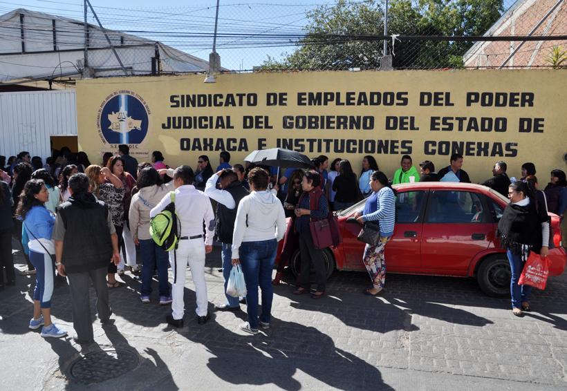 Trabajadores del Poder Judicial de Oaxaca, rechazan reelección de dirigente sindical | El Imparcial de Oaxaca