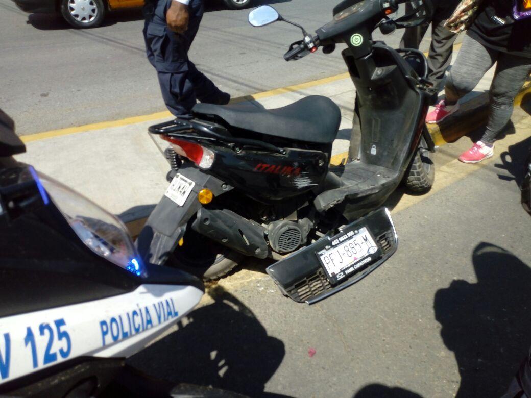 Impactan motociclista en Av. Universidad, Oaxaca; el culpable escapa | El Imparcial de Oaxaca