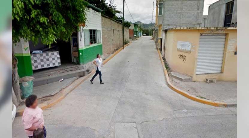 Lo entrega su mamá a la policía por golpear a su hermana   El Imparcial de Oaxaca