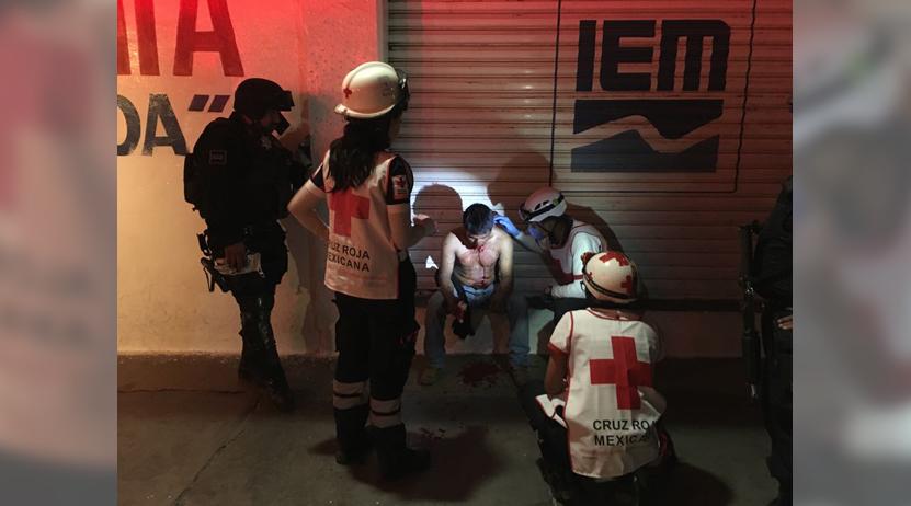 Hombres vestidos de mujer lo asaltan y golpean en calles de Oaxaca   El Imparcial de Oaxaca