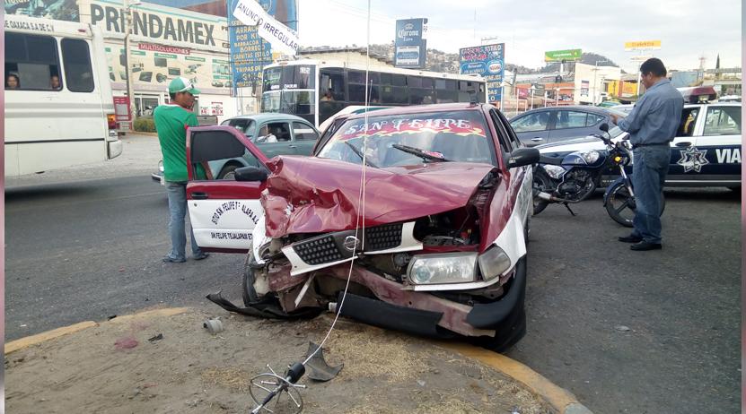 Choca taxi con un vehiculo en Santa Rosa Panzacola, Oaxaca; cinco lesionados   El Imparcial de Oaxaca