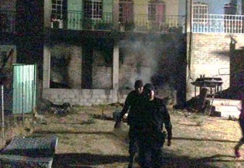 Rescatistas apagan incendio en casa de Huajuapan | El Imparcial de Oaxaca