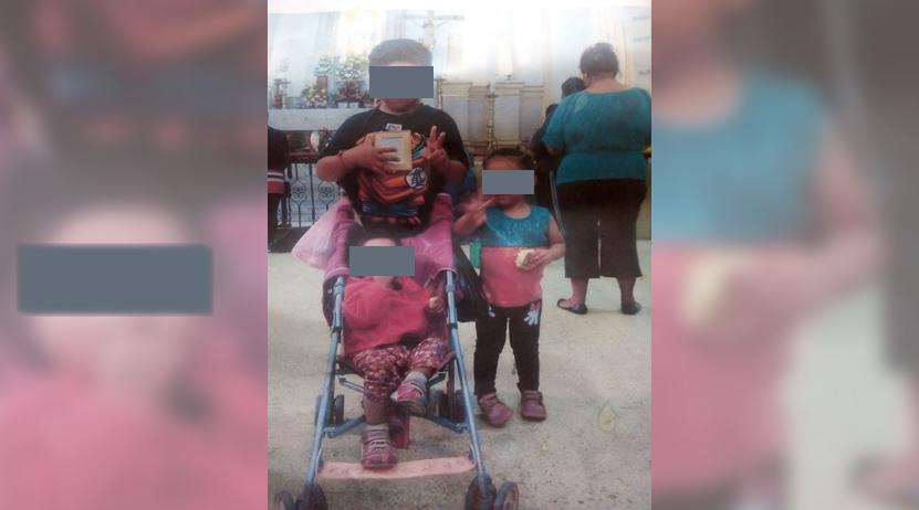 Mendigando justicia en el día de la Mujer; busca que le devuelvan a sus hijos | El Imparcial de Oaxaca