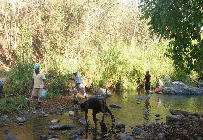 Sanean ríos de la Costa para  evitar enfermedades | El Imparcial de Oaxaca