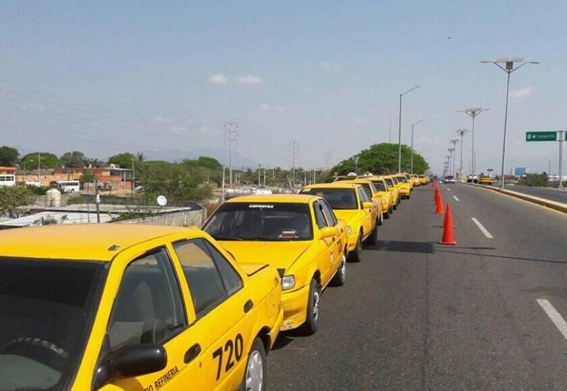 Taxistas del Istmo hacen su agosto  aumentando el pasaje | El Imparcial de Oaxaca