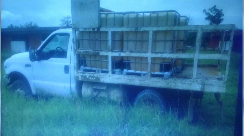 Abandonan hidrocarburo  y dos unidades robadas en Acatlán de Pérez Figueroa, Oaxaca | El Imparcial de Oaxaca
