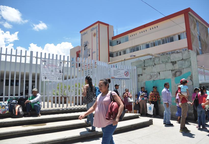 De nuevo paralizan el Hospital Civil de Oaxaca | El Imparcial de Oaxaca
