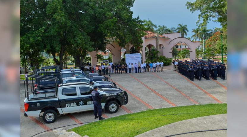 Se capacita y  fortalece policía  de Huatulco | El Imparcial de Oaxaca