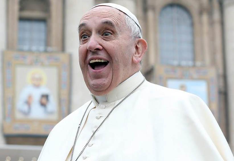 El Papa Francisco casa por sorpresa a una pareja | El Imparcial de Oaxaca