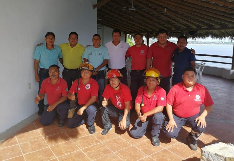 Bomberos de la Costa celebraron su día | El Imparcial de Oaxaca