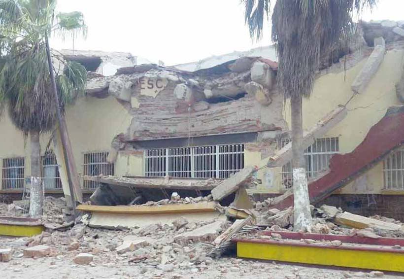 A casi un año del sismo, unas 800 escuelas  siguen con daños en Oaxaca | El Imparcial de Oaxaca