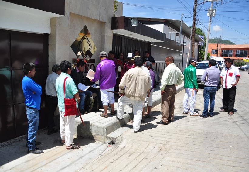 Continúan protestas  en la sede del TEEO | El Imparcial de Oaxaca